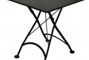 Furniture DesignHouse 28″ Square Folding Bistro Table