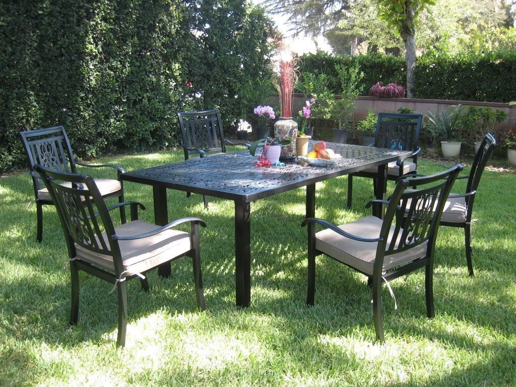 Cbm Outdoor Cast Aluminum 7 Piece Patio Dining Set A With Cushions Patio Table