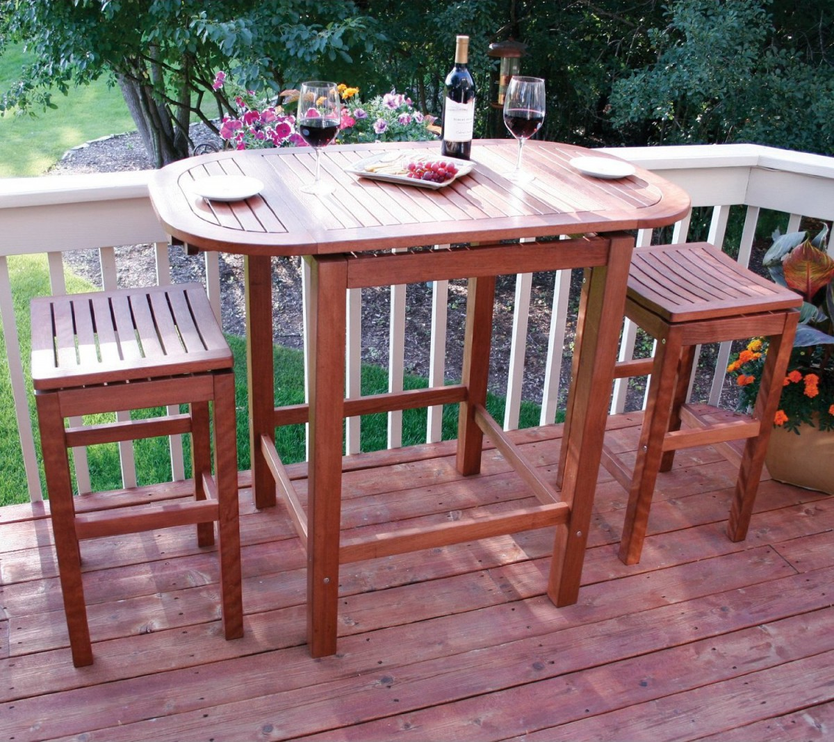 Outdoor Interiors 2-4-6 Folding Pub Table