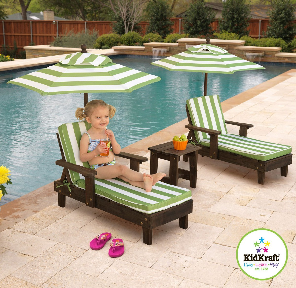 Kidkraft outdoor chaise lounge chairs and umbrella set for Poolside table and chairs