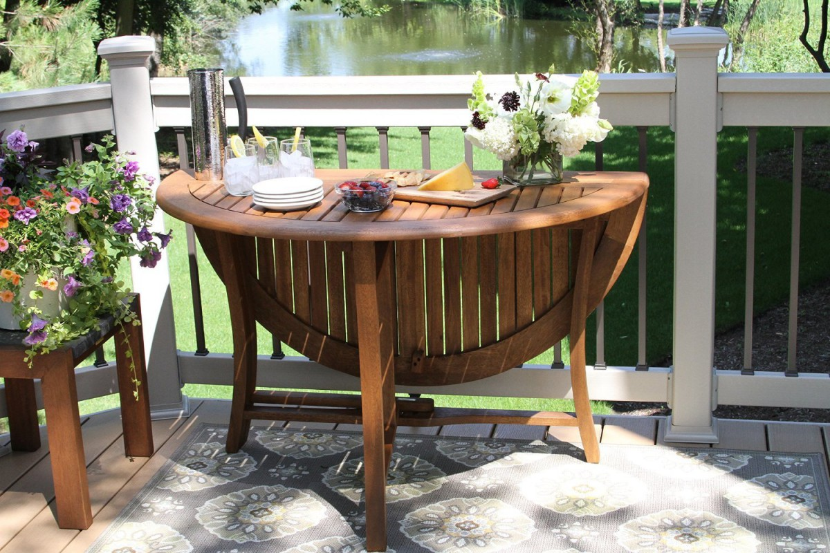 Outdoor Interiors 48-Inch Round Folding Table