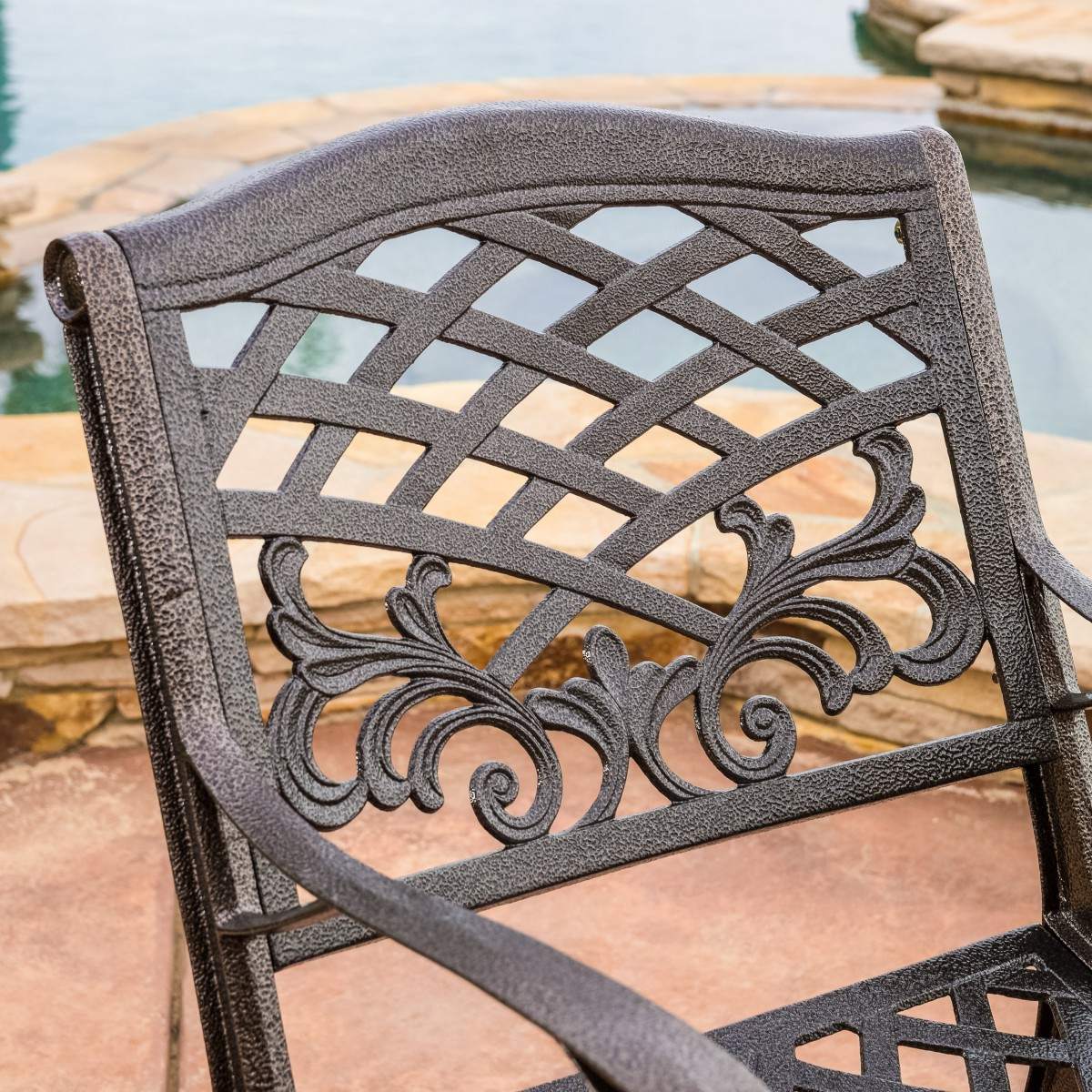 Covington Cast Aluminum 5 Piece Outdoor Dining Set with Round Table