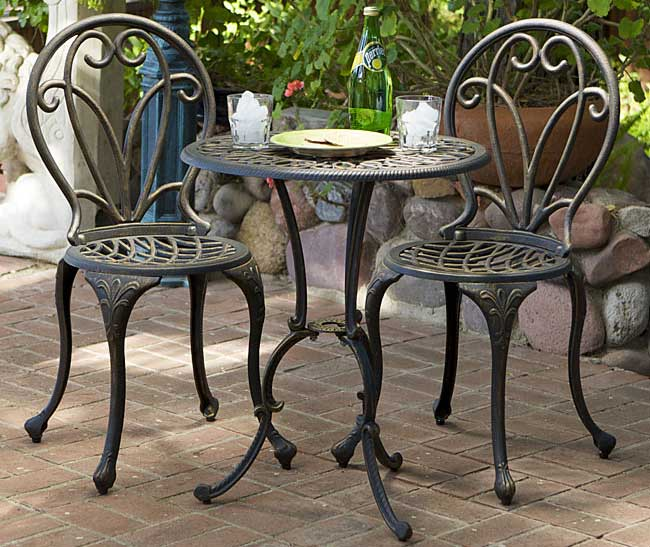 Thomas Cast Aluminum Dark Gold 3 piece Bistro Set Patio  : Thomas Cast Aluminum Dark Gold 3 piece Bistro Set from www.patiotable.co size 650 x 547 jpeg 66kB