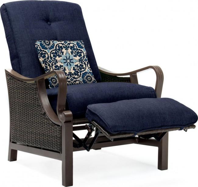 Hanover Ventura Luxury Resin Wicker Outdoor Recliner Chair